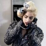 Lady Gaga a cerut un autograf pe pasarica