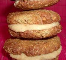 Biscuiti cu crema de alune