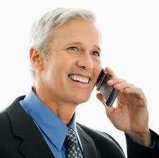 Vorbeste la telefon