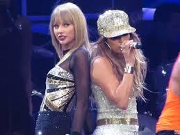 Jennifer Lopez si Taylor Swift