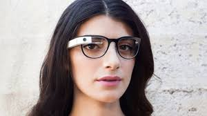 Google Glass disponibil si in Romania
