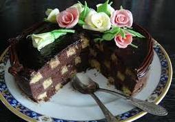 De dulce – Tort Sah cu Crema de Ciocolata