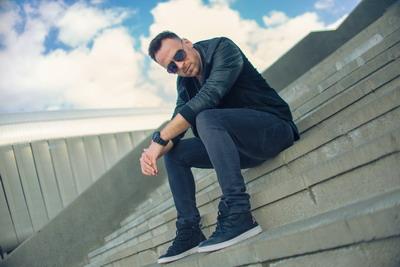 "Aner a lansat single-ul si videoclipul ""In urma ta"""